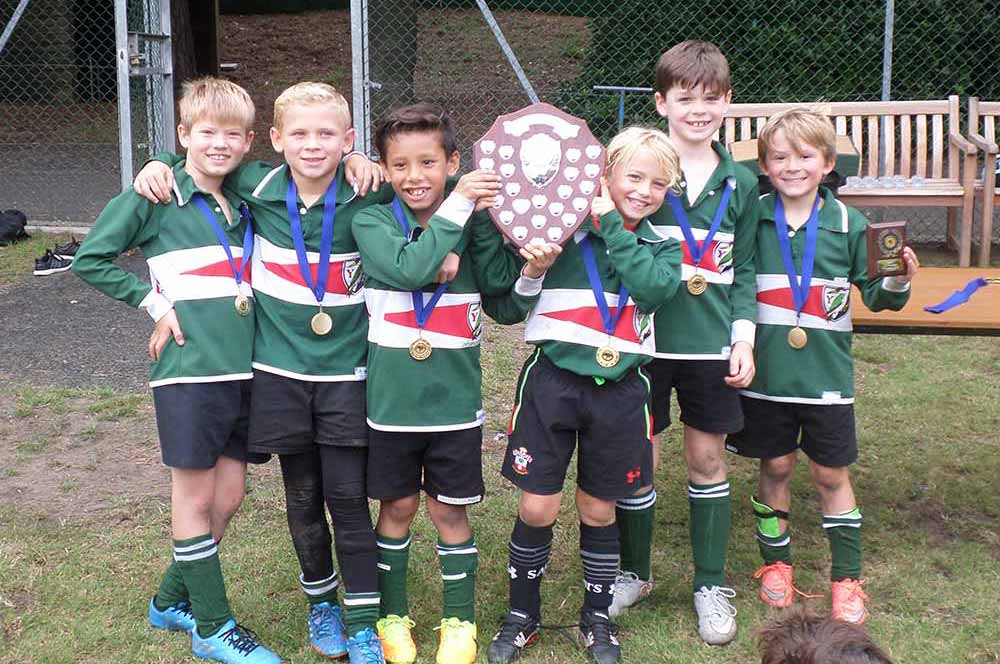 Yarrells School Year 4 Football Champions