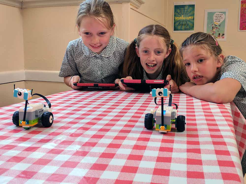 Yarrells-School-Lego-Science-Rovers