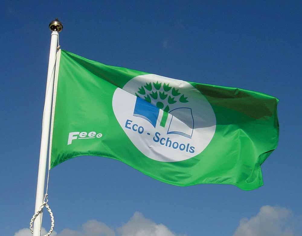 Yarrells Eco Flag