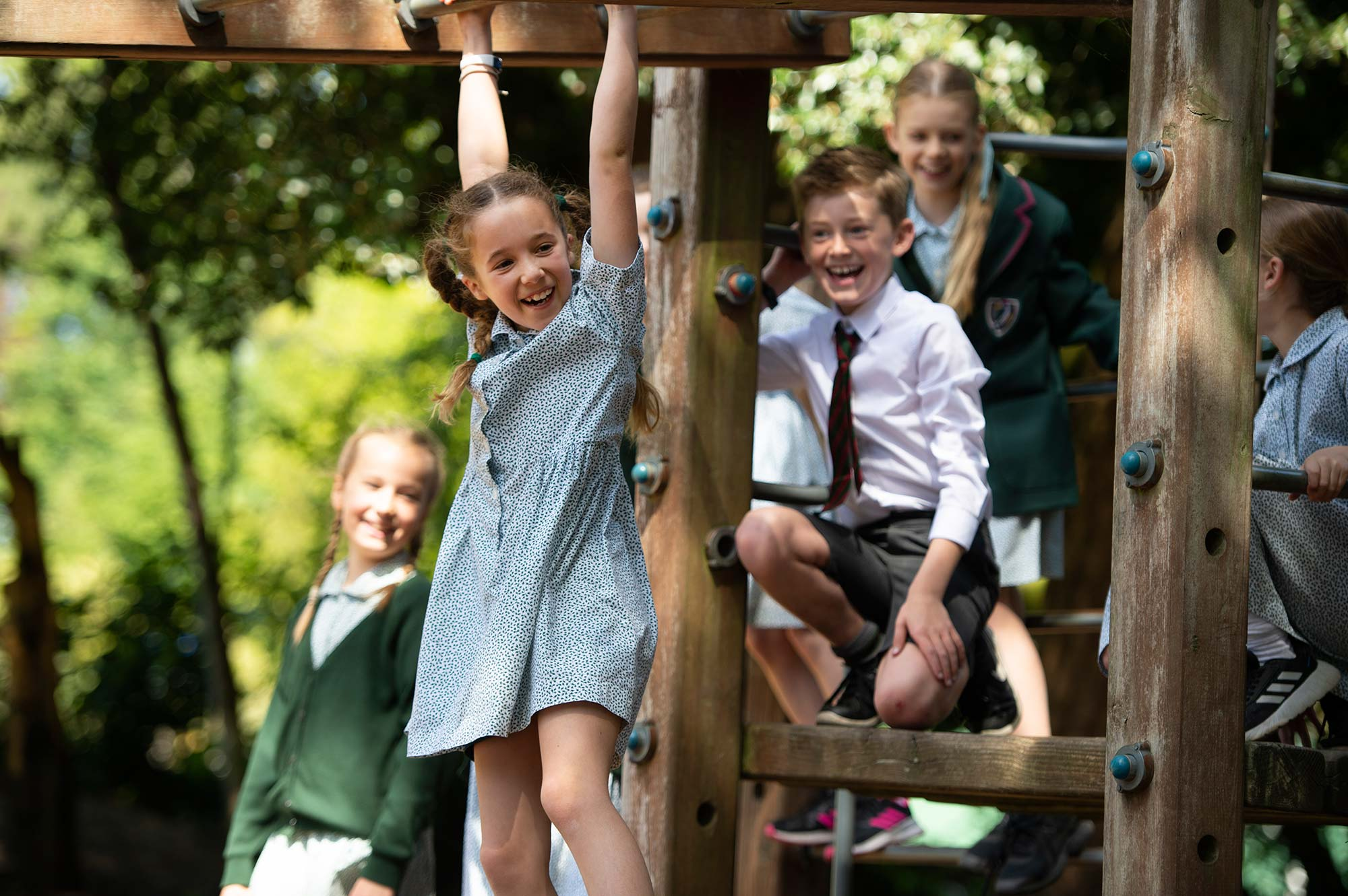 Yarrells-School-and-Nursery-Climbing-Frame